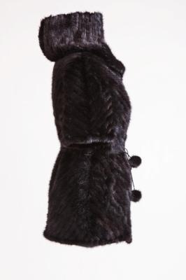 Меховой жилет №41