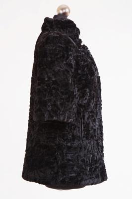 Меховой жилет №54